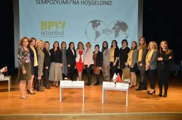 Kadınlar Sempozyumu-Sivil Toplumda Fark Yaratan
